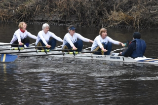 Durham ARC Women\'s Masters E 4x+ (Nicola Field, Linda Forwood, Vickie Jackson, Julie Kitson and Andy Jaggard)
