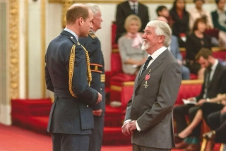 Barry Hudson MBE Investiture Nov 2017